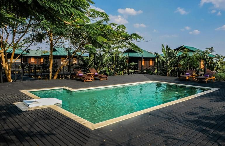 Swimming pool, Inle Heritage
