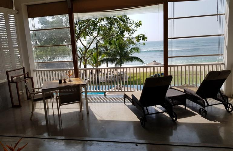 Balcony, Ocean Signature Suite, Sri Sharavi Beach Villas & Spa