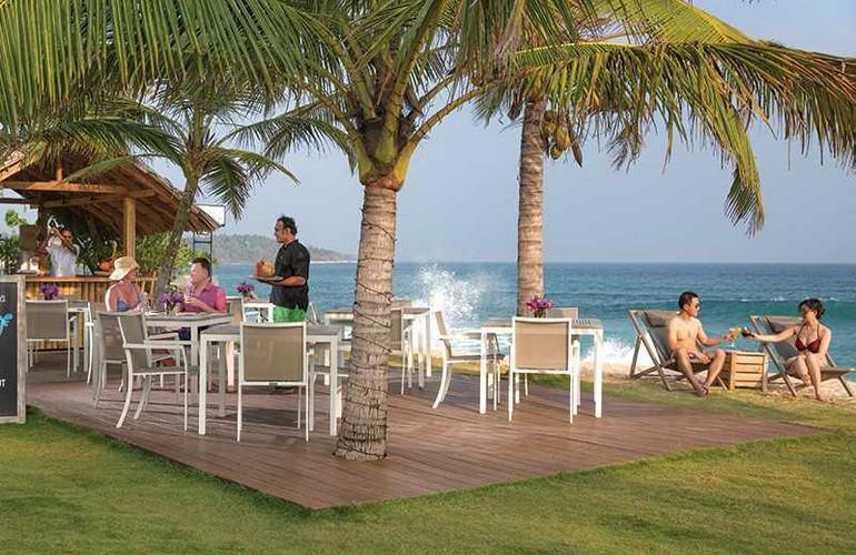 Beach Hut Bar, Sri Sharavi Beach Villas & Spa