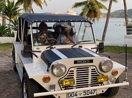 Explore Galle Fort in a Mini Moke
