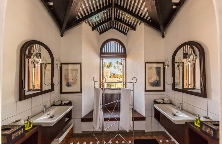 Bathroom, Superior Room, Taru Villas - The Muse