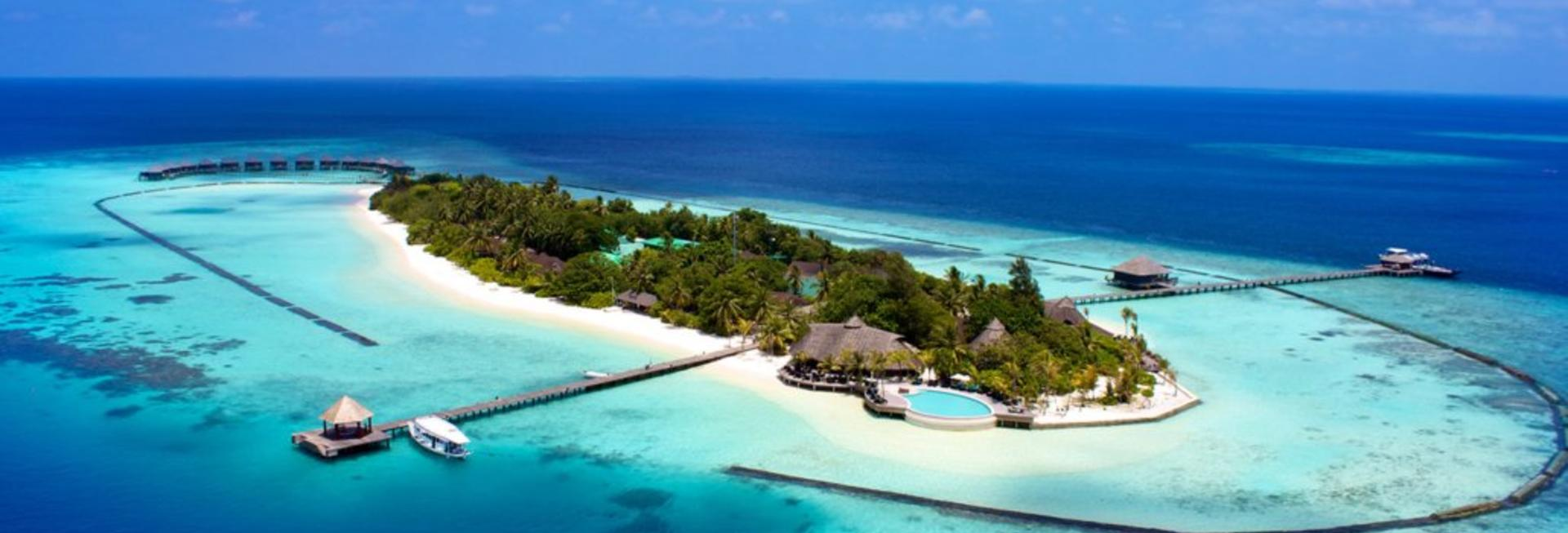 Komandoo Island Resort & Spa