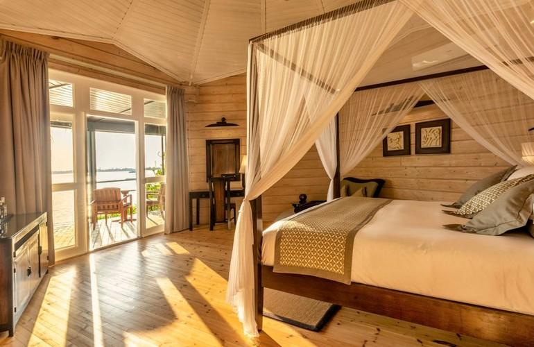 Jacuzzi Beach Villa, Komandoo Island Resort & Spa