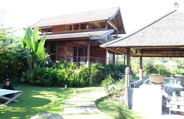 Exterior, Sanak Retreat